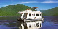 $675 -- Shuswap Lake: 4-Day Houseboating Trip, Reg. $1399