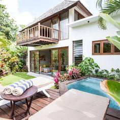 Buat apa menginap di hotel kalau vila harganya bisa lebih murah? Sewa villa murah di bali melalui mister aladin.  Source : http://blog.misteraladin.com/5-private-pool-villa-di-bawah-1-juta-di-bali/