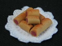 Dolls House Sausage Rolls from The Wonham Collection. FD12.