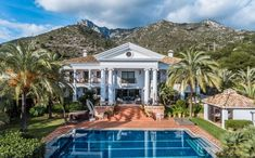 Grand Mansion, with Sweeping Drive and Mature Gardens in Marbella's Golden Mile! All the extras you might hope for including an infinity pool, jacuzzi, gym, and a separate guest pavilion. #Mansion #escapetothecountry #Spain4dreams #loveSpain #beautifulSpain #travelSpain #interiordesigning #luxuryrealtor #luxurioushomes #ighomes #igmansions #megamansion #architecturedaily #realestate #homedecorph #millionairehomes #exteriordesign #exteriors #Spanishproperty #MalagaProperty #GoldenMileMalaga Millionaire Homes, Double Staircase, Natural Landscaping, Villa, French Chateau, Spain Travel, Malaga, Jacuzzi, Exterior Design