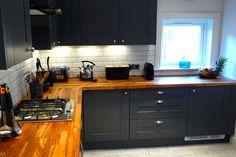An Innova Linwood Graphite Kitchen