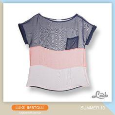 Camiseta quadrada de chiffon manga curta com decote ombro a ombro 3d9b3216dc645