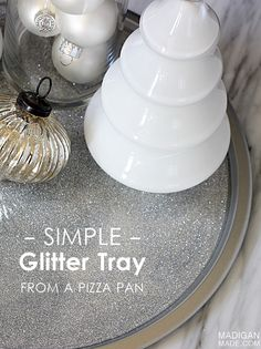 Easy how-to: A DIY glitter tray from a pizza pan