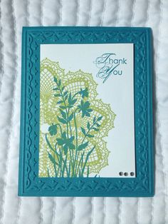 Handmade thank you card, 4.25x5.5 inches. Comes with a coordinating blank envelope. Cards are blank inside but if you would prefer text inside let