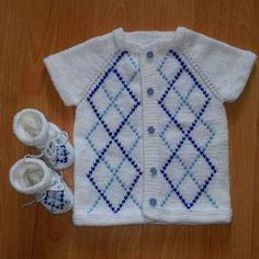 Intarsia Knitting, Knitting Club, Knitting Blogs, Knitting Kits, Baby Knitting, Crochet Baby Sweaters, Knitted Baby Clothes, Knitted Baby Blankets, Crochet Clothes