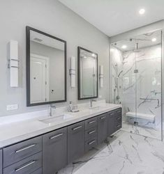 Grey and White Bathroom Grey Bathrooms Designs, Diy Grey Bathrooms, White Bathroom Tiles, Bathroom Colors, Modern Bathroom, Small Bathroom, Gray And White Bathroom Ideas, Master Bathroom, Grey Bathroom Interior
