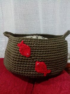 Crochet basket red fish aplikation