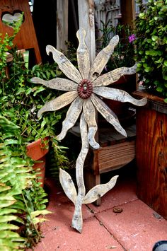 Reclaimed Wood Flower Rustic Wall Decor Rusty by grasshoppercafe, $48.50