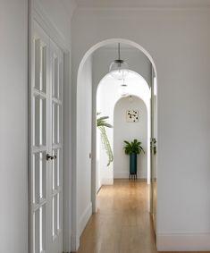 МЕТРАЖ: 85 м2  ДИЗАЙН: BURO VNUTRI Tall Cabinet Storage, Room, Furniture, Home Decor, Bedroom, Homemade Home Decor, Rooms, Home Furnishings, Interior Design