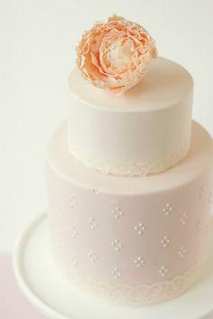 pretty and romantic mini cake