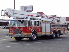 Philadelphia Fire Department - #Ladder #Aerial #Snorkel #Rescue #Fire #FireDept #Apparatus #Setcom