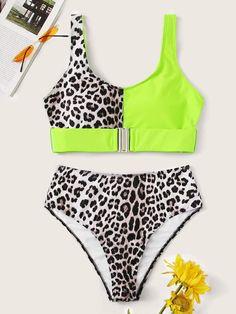 To find out about the Neon Lime Buckle Top With High Waist Bikini at SHEIN, part of our latest Bikinis ready to shop online today! Bikini Modells, Bikini Ready, High Leg Bikini, Bikini Dress, Bandeau Swimsuit, Sexy Bikini, Bikini Inspiration, Bikinis For Sale, Beachwear For Women