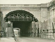 Argyle Street Arch,the Rocks of Sydney in 1931 looking east. Old Photos, Vintage Photos, The Rocks Sydney, Argyle Street, Historical Images, Sydney Harbour Bridge, Nostalgia, Arch, Australia
