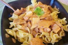 365 Days of Slow Cooking: Chicken Stroganoff with a Seasoned Slow Cooker Liner