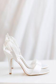 premium selection 9ee96 74e94 Die 68 besten Bilder von Brautschuhe | Bridal Shoes