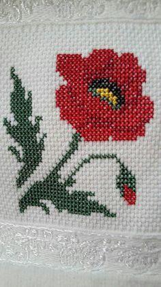 Simple Cross Stitch, Cross Stitch Rose, Cross Stitch Flowers, Cross Stitch Embroidery, Cross Stitch Patterns, Needlepoint Stitches, Needlework, Beading Patterns, Knitting Patterns