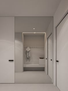 SA apartment by m architects - 谷德设计网 Minimalist Interior, Modern Minimalist, Bedroom False Ceiling Design, Bright Apartment, White Oak Floors, Hallway Designs, White Appliances, Master Room, Piece A Vivre