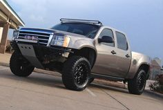 Ready Lift Mid travel suspension and prerunner style front bumper for 2007-2013 GMC Sierra 1500.