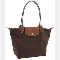 Longchamp le pliage small handbag Chocolate brown In good condition. Zipper works fine Longchamp Bags Shoulder Bags