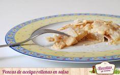 Pencas de acelga rellenas de jamón y queso en salsa -  La acelga es una verdura poco energética peroricaen nutrientes reguladores como vitaminas, sales minerales y fibra. Resultan muy carnosas yposeen un sabormuy suave; aun así, como ocurre generalmente con las verduras, suelen ser rechazadas por los mas pequeños. ¿La solución? Rellenarlas de j... - http://www.lasrecetascocina.com/pencas-de-acelga-rellenas-de-jamon-y-queso-en-salsa/
