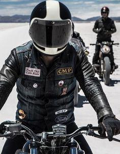 Let us ride Moto Car, Moto Bike, Motorcycle Clubs, Motorcycle Style, Style Moto, Blitz Motorcycles, Mustang, Style Cafe Racer, Cafe Racing