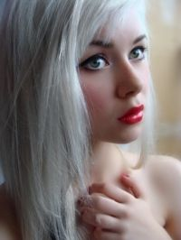 ***White blonde hair. (How to.) Re-read this, for any extra bit of info that you may have missed that may prove to be important in your whole, crazy, experimentation process.
