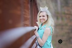 Photography Headshot Pageant Girls Pageant Photography, Headshot Photography, Pageant Tips, Beauty Pageant, Senior Pics, Senior Pictures, Crown Pics, Pageant Pictures, Picture Ideas