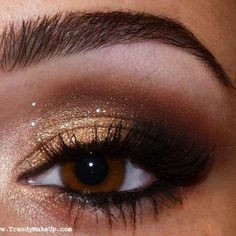 GOLD EYE SHADOW, one of our Indian brides did this look, amazing!