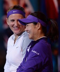 Victoria Azarenka, left, of Belarus chats with China's Li Naafter winning the women's final at the Australian Open tennis championship in Melbourne, Australia, Saturday, Jan. 26, 2013. (AP Photo/Andrew Brownbill)