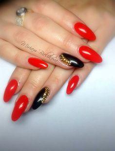 😉 Red Nail Designs, Nail Designs Spring, Nail Polish Designs, Red And Gold Nails, Pink Nails, Nail Manicure, Gel Nails, Red Nail Art, Bride Nails