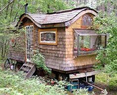 Homestead Survival: Gypsy Wagon Living