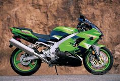 In Kawasaki revamped what was already a great bike and came up with a winner, the Read the full test to find out more about the Kawasaki Kawasaki Zx9r, Yamaha Yzf R1, Honda, Racing, Emilio, Motorcycle, Bike, Vehicles, Cars