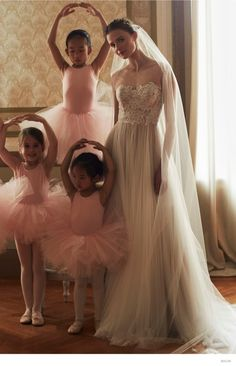 Ballet Wedding Looks–The new fall arrivals from BHLDN feature dreamy wedding gowns and dresses with a ballet inspiration. Young ballerinas pose alongside the… Bhldn Wedding Dress, Wedding Dresses 2014, Gorgeous Wedding Dress, Wedding Gowns, Dream Wedding, Wedding Trends, Wtoo Bridal, Bridal Gowns, Wedding Inspiration