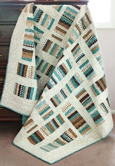 Can easy quilts be astonishing too? You bet! With fresh twists, even simple blocks like Log Cabin and Rail Fence can amaze. Come see these blocks and more in a whole new light in the new book, Easy Quilts for Beginners and Beyond.love the colors Colchas Quilting, Quilting Projects, Quilting Designs, Quilting Ideas, Jellyroll Quilts, Scrappy Quilts, Easy Quilts, Flannel Quilts, Quilt Inspiration