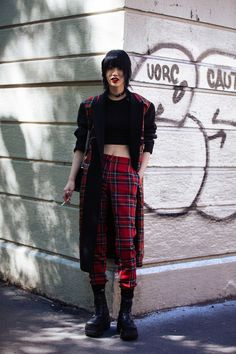 "koreanmodel: ""Street Style: Choi Sora at MFW Spring 2018 "" Harajuku Fashion, Punk Fashion, Grunge Fashion, Fashion Week, Fashion Trends, Fashion Mode, Fashion 2017, Milan Fashion, Fashion Online"