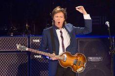 650 seguranças privados farão a segurança do show do Paul McCartney no Mané Garrincha - http://noticiasembrasilia.com.br/noticias-distrito-federal-cidade-brasilia/2014/11/21/650-segurancas-privados-farao-a-seguranca-do-show-do-paul-mccartney-no-mane-garrincha/