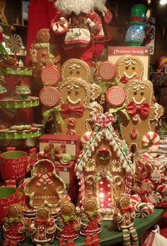Christmas already at Cracker Barrel.Gingerbread People and Cracker Barrel