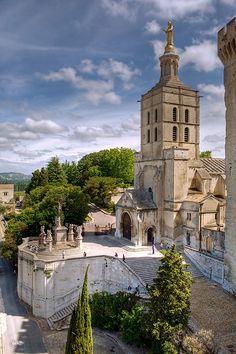 It All Appeals to Me: European Vacation- Avignon