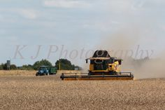 CR8080 New Holland combine harvester, UK agriculture photography