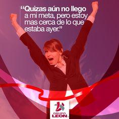 ¡Aquí nadie se rinde! #Jueves #FinDeAño #Quotes #Frases