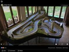 Slot Car Race Track, Ho Slot Cars, Slot Car Racing, Slot Car Tracks, Race Cars, Models Men, Mini Car, Garage Storage, Courses
