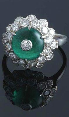 Art Deco Emerald & Diamond Ring.