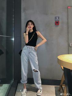 Fashion Tips For Girls .Fashion Tips For Girls Teen Fashion Outfits, Cute Fashion, Asian Fashion, Girl Fashion, Classy Fashion, Fashion Tips, Ulzzang Fashion, Kpop Fashion, Cute Casual Outfits