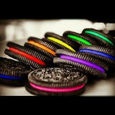 rainbow oreos. can I marry yewwww! <3<3<3 yum!