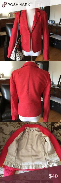 JCrew Coral Wool School Boy Jacket Blazer Sz 4 JCrew coral/pinkwool herringbone jacket/blazer. Sz 4. Excellent condition. Super-flattering waist-cinching cut. Smoke/pet free home. J. Crew Jackets & Coats Blazers