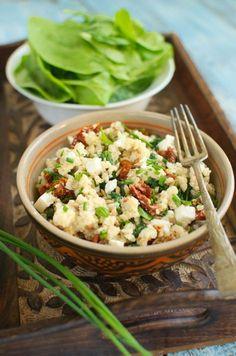Sałatka z kaszą jaglaną, szpinakiem, fetą i suszonymi pomidorami Weight Watchers Meals, Pasta Salad, Salads, Healthy Recipes, Healthy Food, Lunch Box, Food And Drink, Rice, Cooking