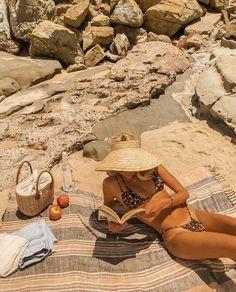 Capri 1989 Endless summer Summer fashion Summer vibes Summer pictures Summer photos Summer outfits March 24 2020 at Summer Vibes, Beach Vibes, Summer Feeling, Summer Days, Summer Things, Red Things, Orange Things, Summer Dream, Summer Of Love