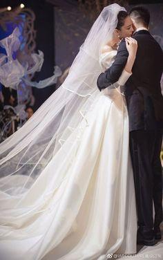 Wedding Dress Sleeves, Bridal Wedding Dresses, Cheap Wedding Dress, Dress Out, Simple Dresses, Special Occasion Dresses, Vintage Dresses, Matte Satin, Rustic Wedding