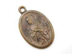 Vintage Saint Maria Goretti Catholic Medal - Religious Charm - Patron Saint of the Youth - Purity Saint - O7 by LuxMeaChristus on Etsy