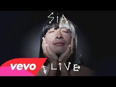 Ακούστε το ολοκαίνουργιο τραγούδι της SIA ~ ANYWAY RADIO